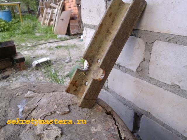 Крепление шкива механизма подъёма стрелы