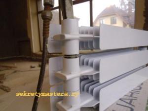 Снимаем секцию радиатора отопления