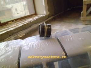 Муфта соединяющая секции радиатора отопления